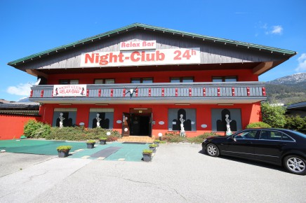 Night club / brothel for sale