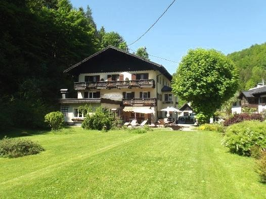 Family pension for sale in Bad Goisern
