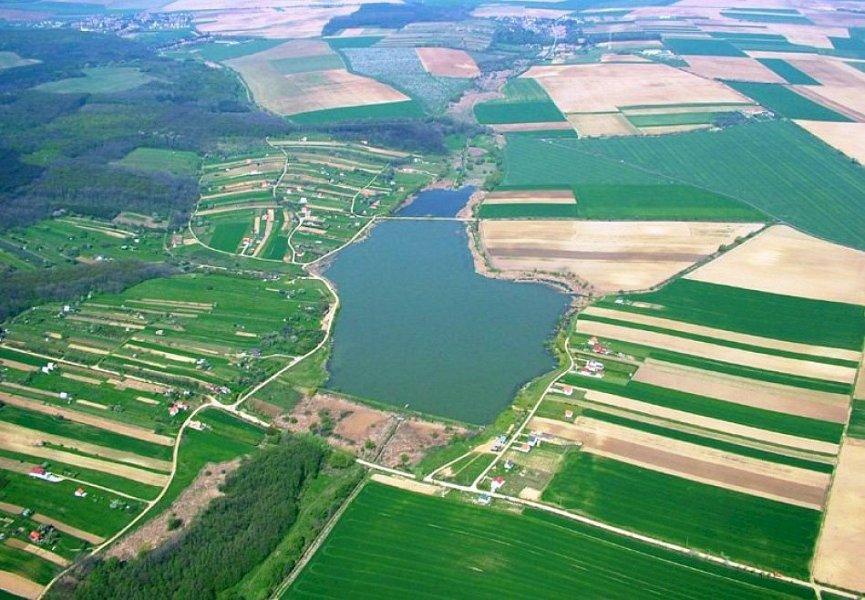 Fishing lakes for sale in Hungary